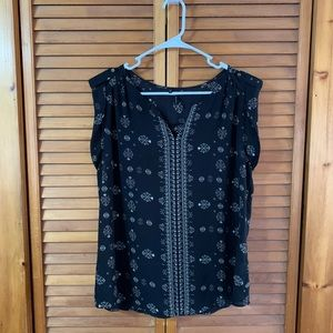 Maurices Patterned Sleeveless Blouse
